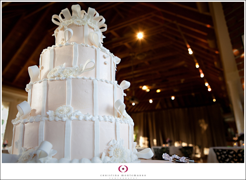 His And Hers Wedding Cakes