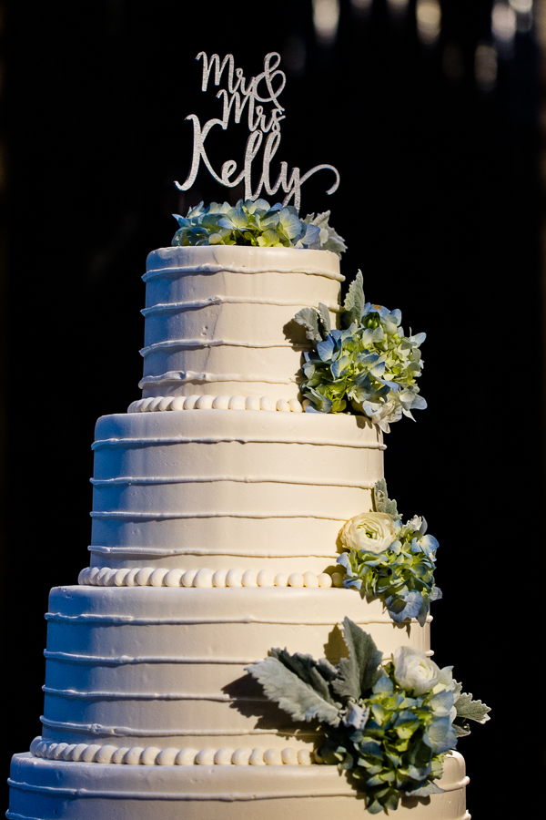 Five Round Tiered Wedding Cake with Blue Hydrangeas by Culinaire and Gidas