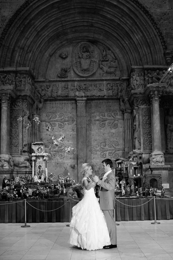 Bride and Groom Dancing in the Hall of Architecture at the Carnegie Museum at Christmastime
