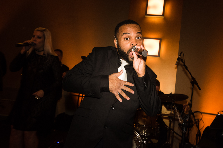 Move Makers Band Wedding Singer