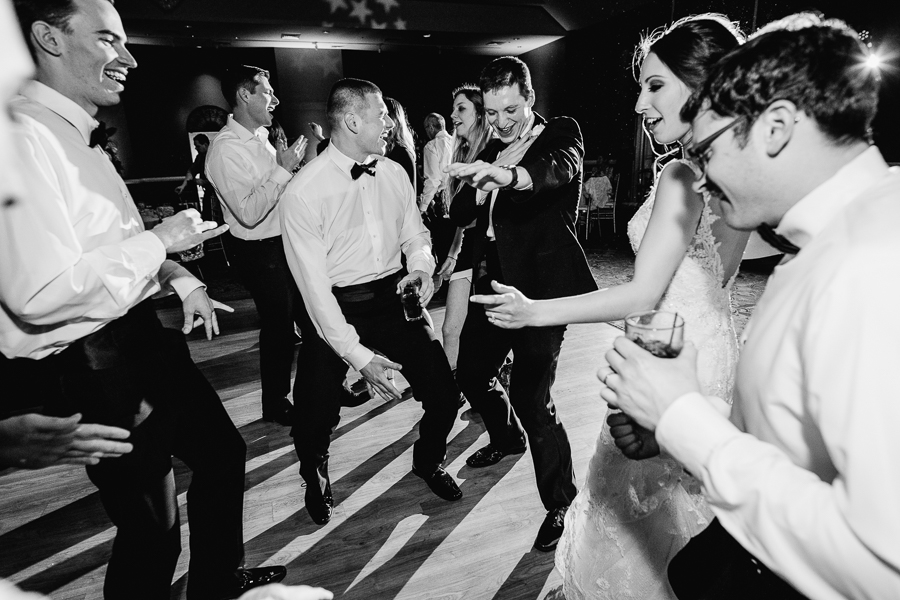 Guests Dancing at Chestnut Ridge Golf Resort Wedding