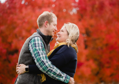 Jen and Jim's Engagement Session – Washington's Landing and the Strip District