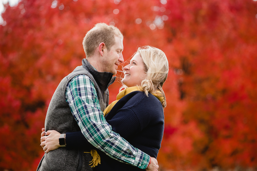 Washington's Landing Engagement Photos Red Tree