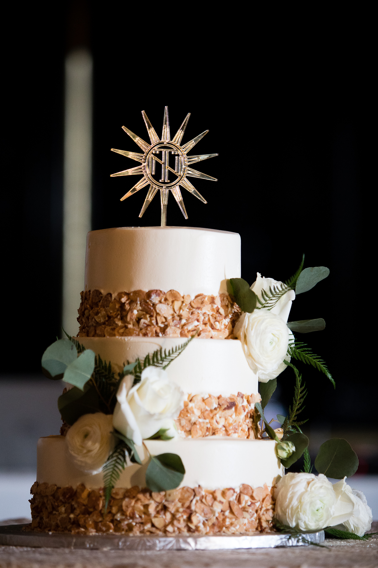 Burnt Almond Torte Wedding Cake at Omni Willilam Penn